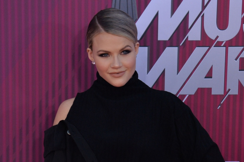 Witney Carson expecting son with husband Carson McAllister
